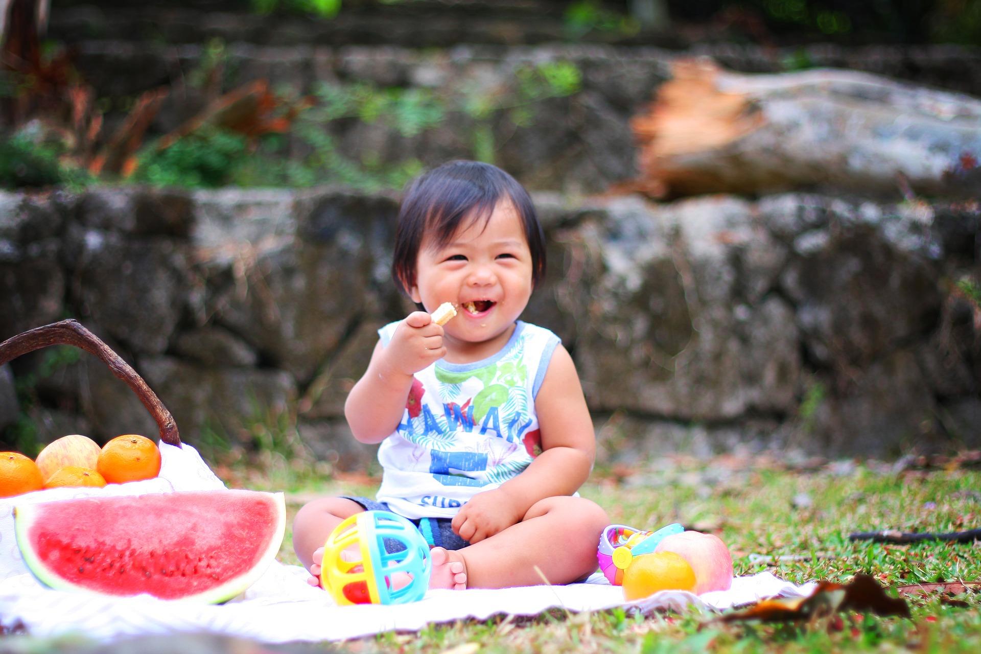 Śniadanie dla rocznego dziecka