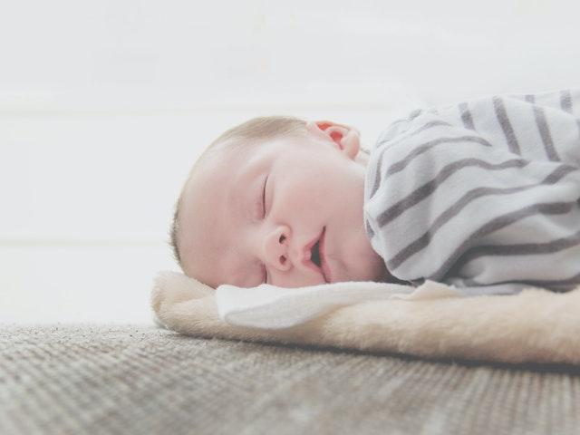 wzrok u noworodka